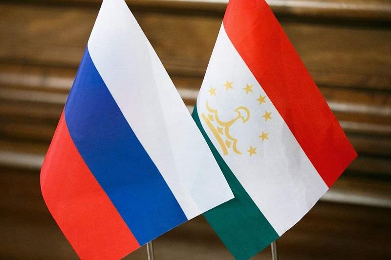 Посольство России в Таджикистане еще раз объяснило, кому свободно можно в Москву
