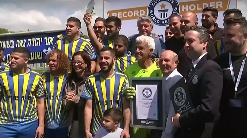 Israel plays the oldest footballer in the world